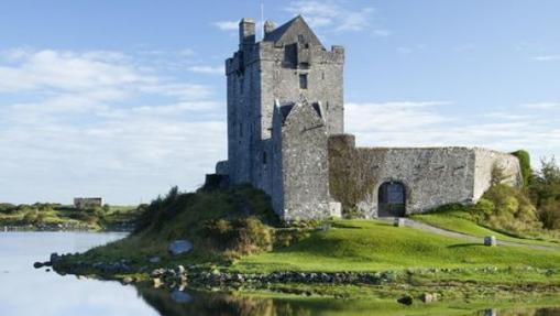 Castillo de Dunguaire en el Condado de Galway