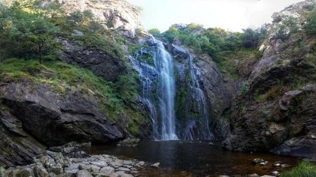 Cascada en el río Toxa