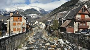 Cinco pueblos españoles de alta montaña donde disfrutar sin nieve