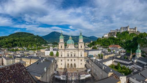 Vista general del soberbio «skyline» de Salzburgo