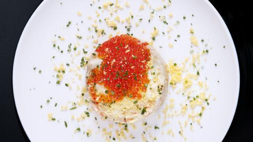 Ensaladilla rusa con caviar de trucha, de La Tasquita de Enfrente