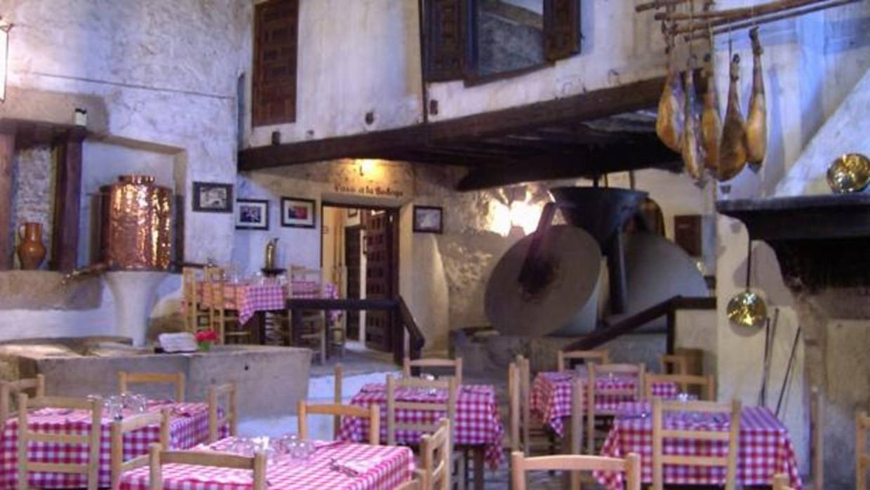 Uno de los mejores restaurantes de carretera de espa a y for Los mejores sofas de madrid