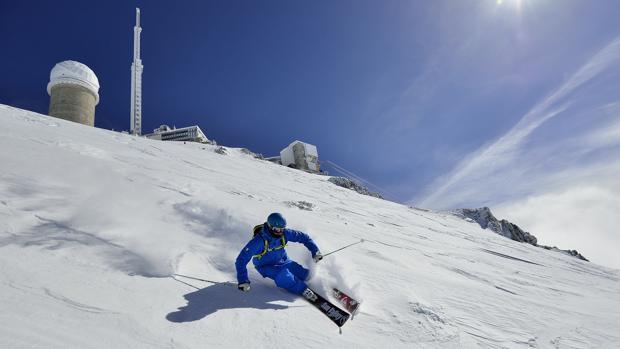 Descenso «fuera de pista» desde el Pic du Midi