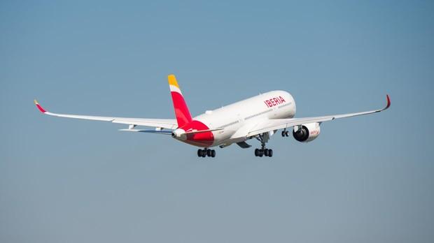 Primer despegue del A350-900 de Iberia