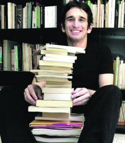 «Un poeta sin dermatitis seborreica no es creíble»